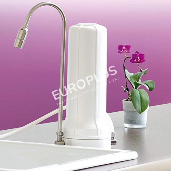 filtration naturelle, filtre à eau sur évier